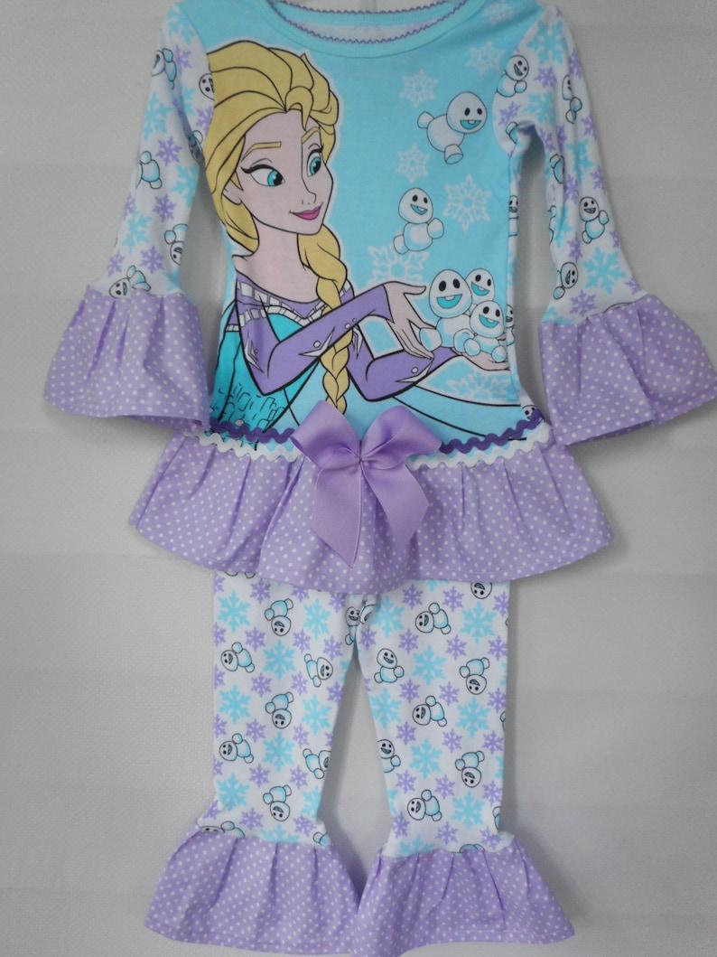 11d3fff951b26 Personnage de Disney Frozen Anna pyjama avec des volants à la