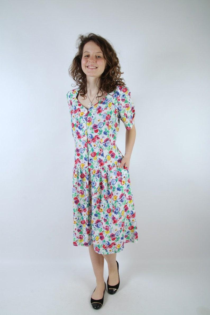 90/'s Summer Dress Bright Flowers Print Dress Short Sleeve Midi Hipster Dress Medium Size Comfortable Home Dress Vintage Grandmother Dress