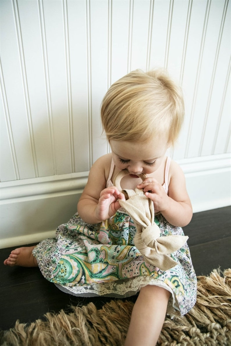 Zoe Organic Teething Ring image 0