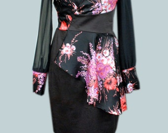 Black dress with flowers. US 12