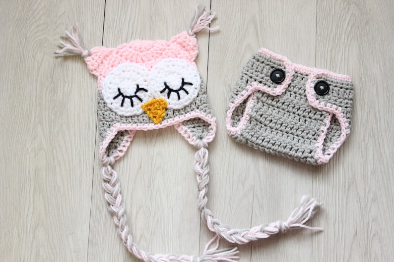 Baby Owl Outfit / Crochet Sleepy Owl Hat and Matching  Diaper image 0
