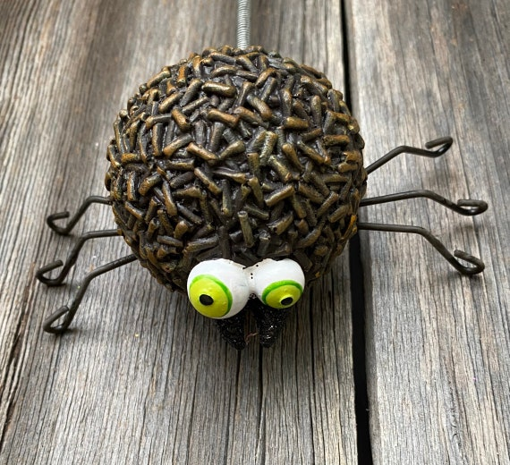 SWEET Spider Ornament 4.25 inches