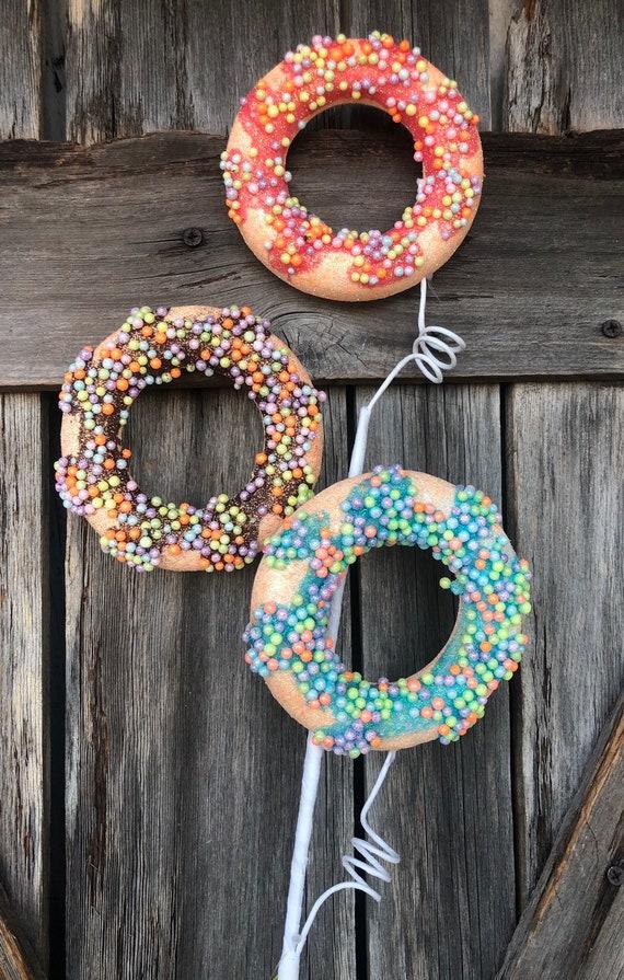 Wreath Supply,  Doughnut Spray