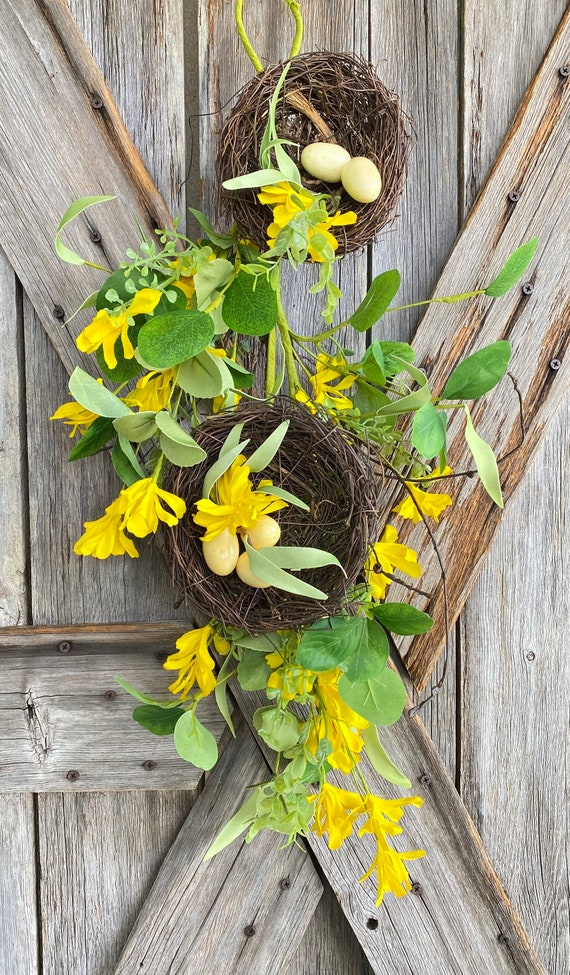 Bird Nest Teardrop 27 Inch, Wreath Supply