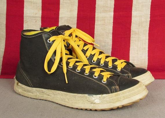 Reebok Basketball shoes Court Flyer men's size 7, 8.5 NEW