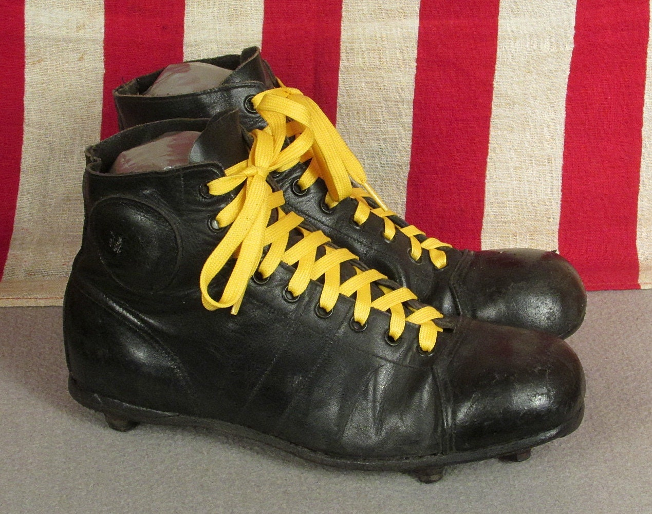 Vintage 1930s Leather Stacked Soccer Football Boots Rugby Shoes Stacked Leather Cleats Antique e089e1