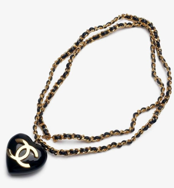 CHANEL heart belt or necklace gold chain black lea