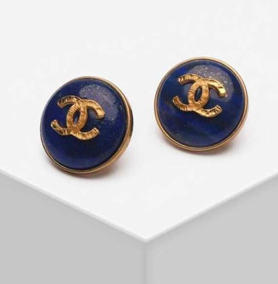 CHANEL earrings | Blue Lapis Lazuli and gold CC Ch
