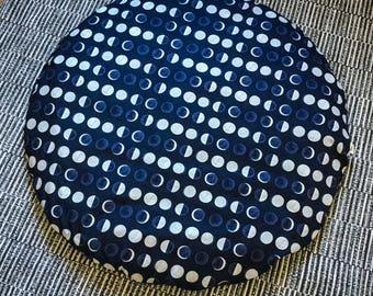 Zabuton - Moon - Meditation mat Reversible floor cushion organic Buckwheat mattress - handmade by Creations Mariposa
