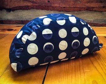 Crescent - Moon - Travel Meditation cushion organic buckwheat - handmade by Creations Mariposa