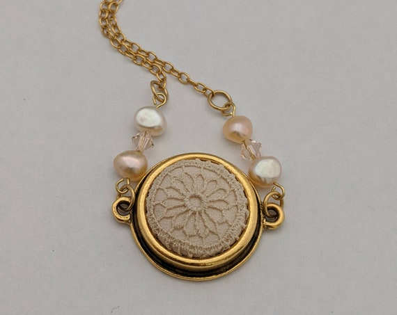 Round Lace Necklace with Freshwater Pearls