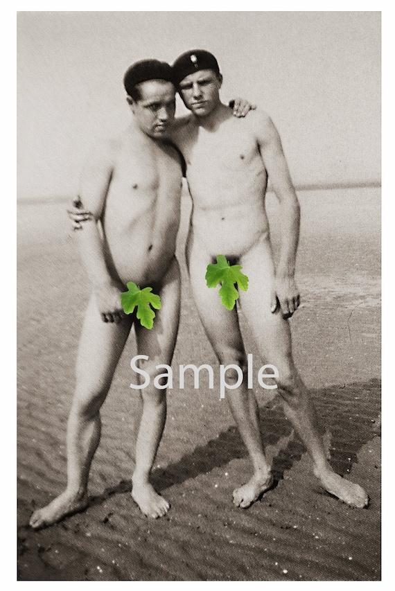 Männer nackt am strand Gay Nackt