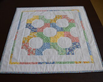 """Quilted Spring Table Topper  25"""" sq"""