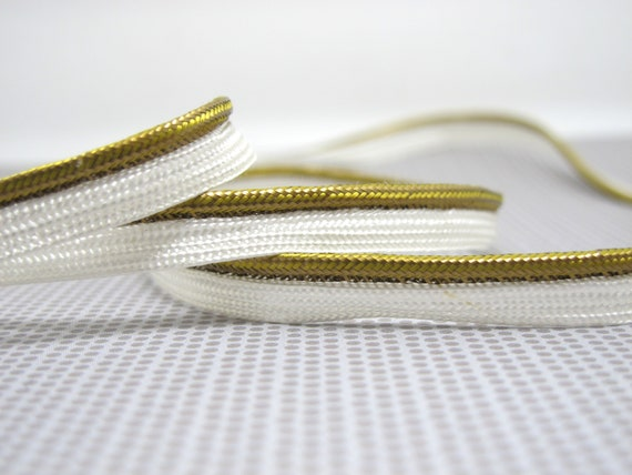 """Antique Gold 5//16/"""" Decoractive Lip Cord Gold By The Yard"""