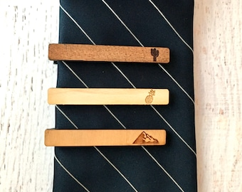 Wooden Accessories Company Wooden Tie Clips with Laser Engraved St Vincent and The Grenadines Design Cherry Wood Tie Bar Engraved in The USA