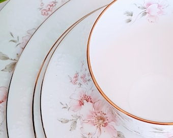 Royal Albert, Breath Of Spring, For All Seasons, 5 Pieces Place Setting, Bone China, Made in England, Vintage dinnerware
