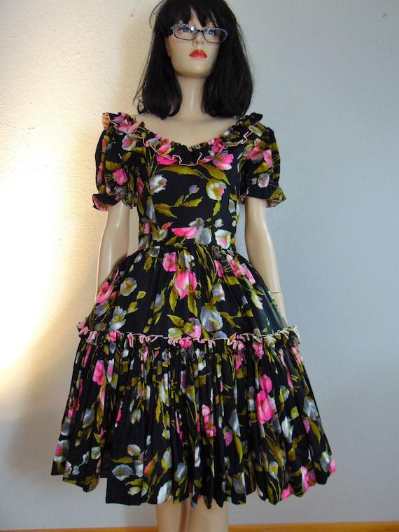 CLEARANCE - RARE 30s 40s Swing Patio Dress - Flora