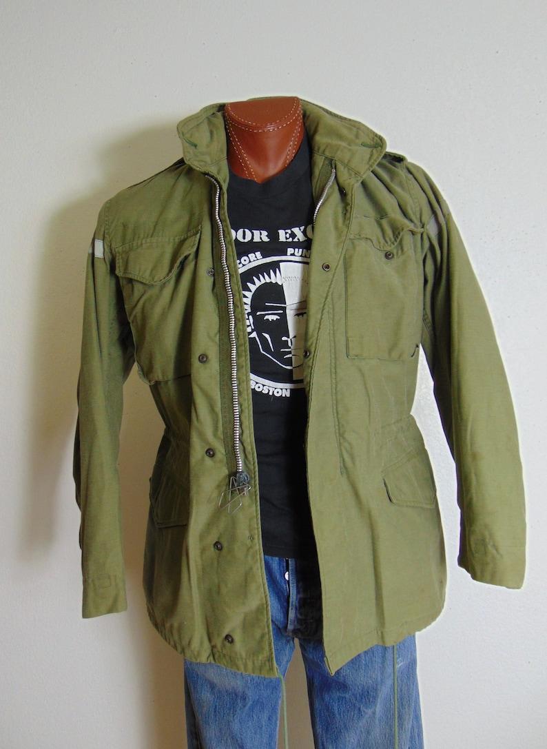 куртки из вьетнама фото утонченная, без
