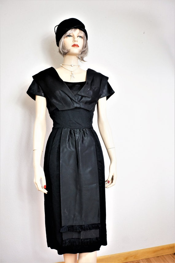 965d386560d 40s Black Silk and Wool Wiggle Dress Pin Up Full Figure