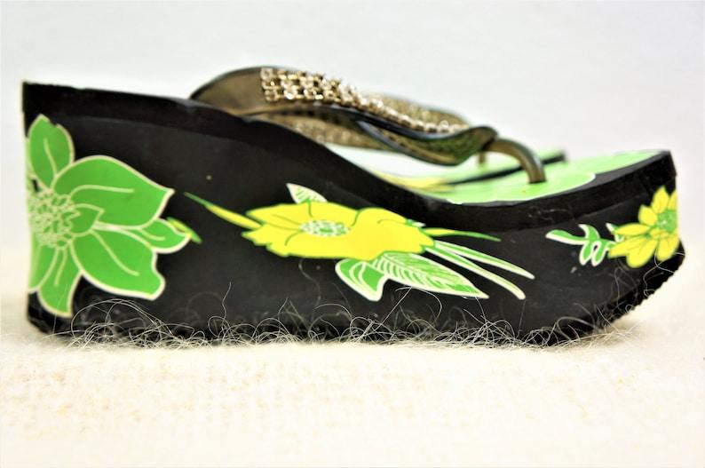 Beachwear Shoes TORRID Sandals Sz 7-7.5 Vng Club Kid Chunky Platform Flip Flop Sandals 90s Super Platform Shoes