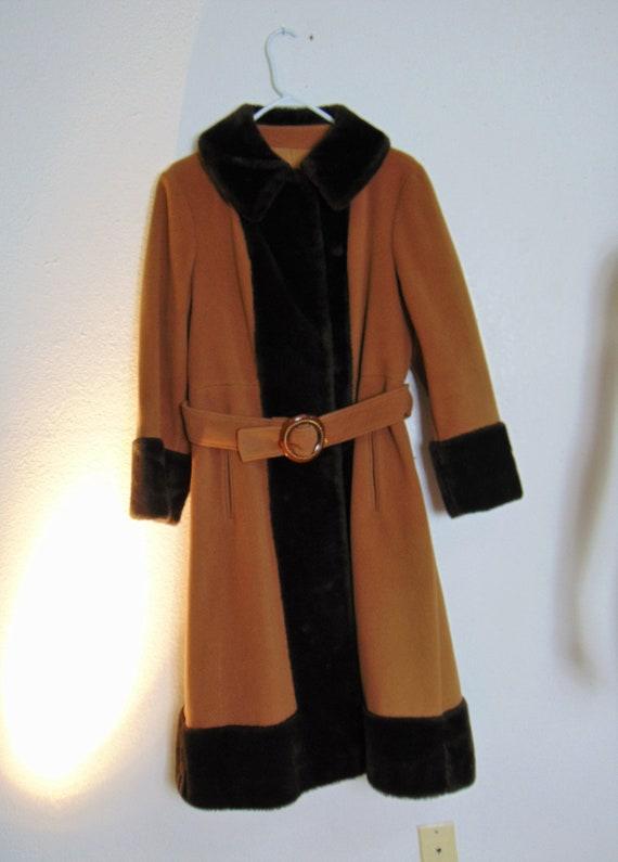 30's 40's Faux Fur Trimmed Wool Princess Coat -19… - image 8
