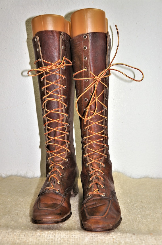 1930's Tall Lace Up Hiking Boots Womens sz 6 - Hi… - image 3