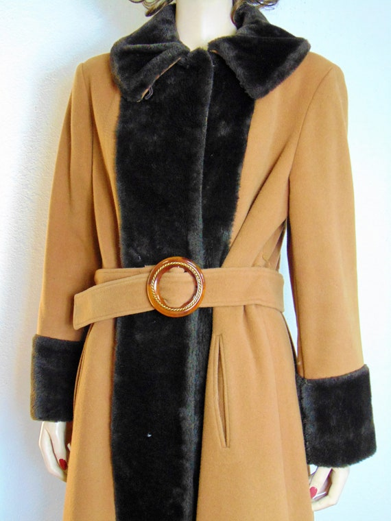 30's 40's Faux Fur Trimmed Wool Princess Coat -19… - image 5