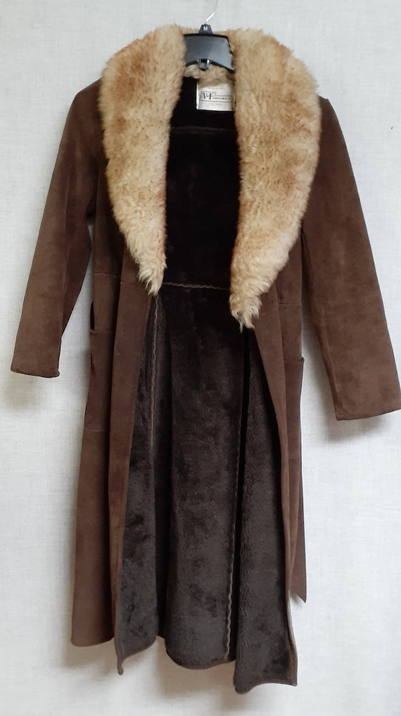 70's Almost Famous Shearling Wrap Coat - Full She… - image 8