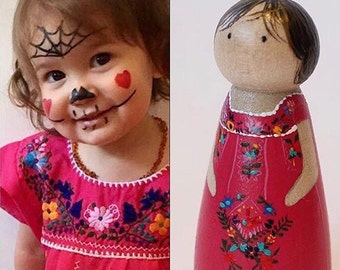 Peg Doll Hand Painted, Custom Made, Portrait, Peg People, Wooden Toy, Cake Topper