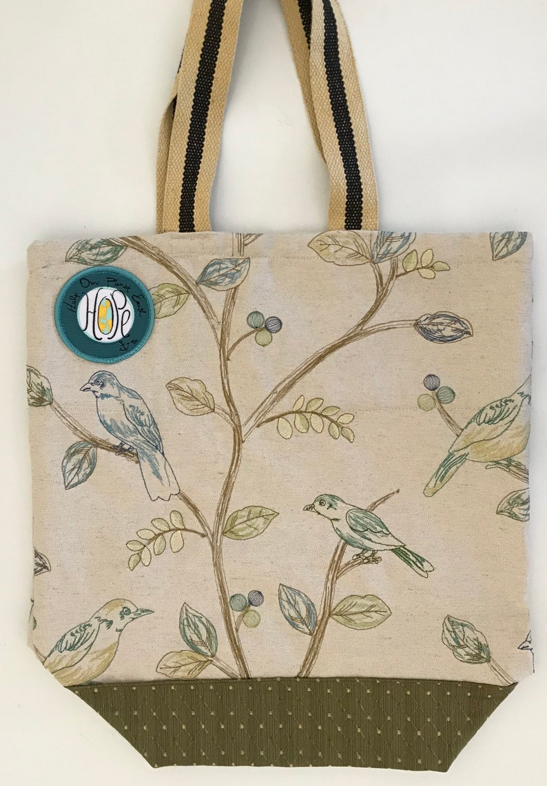 holds up to 25 lbs FREE SHIPPING Embroidered Bird with sculptured diamond contrast Reusable bag for clothing purchases washable
