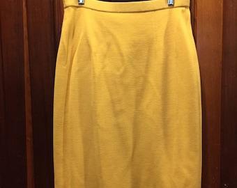 1970S // MELLOW YELLOW // Size L Yellow Retro Skirt
