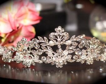Pearl crystal wedding tiara, bridal crown tiara, bridal tiara, crystal wedding crown, crystal crown, crystal wedding tiara
