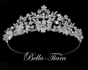 Crystal wedding tiara, bridal crown tiara, bridal tiara, crystal wedding crown, crystal crown, wedding tiara. pearl and crystal crown