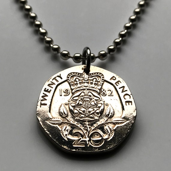 My Shape The Tudor Rose Charm Bracelet British Royal Jewelry