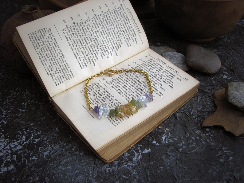 quartz peridot Bracelet with colored gemstones Elegant and cheerful. golden bracelet with amethysts citrine quartz chakra regulator