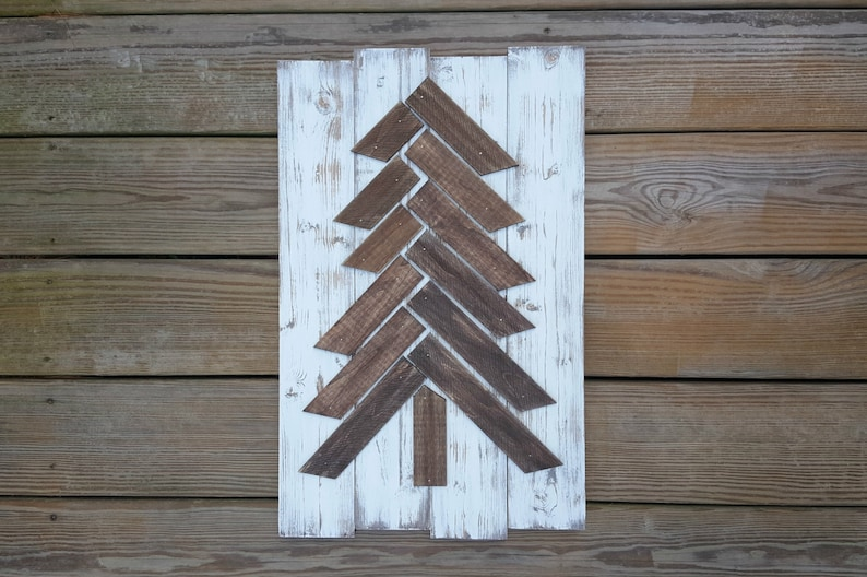 Distressed Pallet Christmas Tree Wooden Christmas Tree Rustic Tree Pallet Rustic Christmas Decor Christmas Sign Woodland Tree Pallet