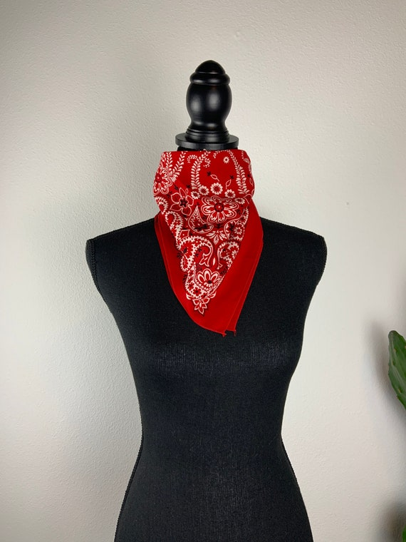 Vintage Bandana Made in the USA Turkey Red Paisley