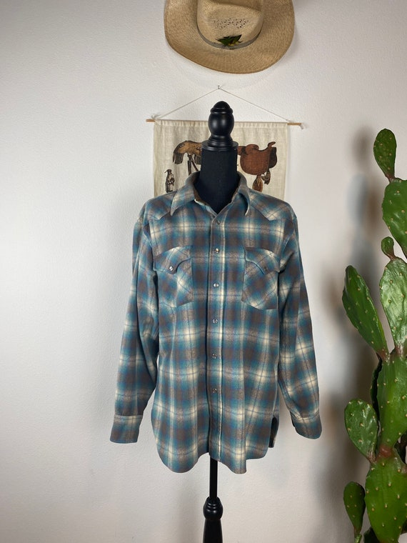 Vintage PENDLETON Flannel Pearl Snap Western Wear