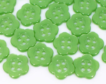 Cute Green Flower Shaped Acrylic Buttons
