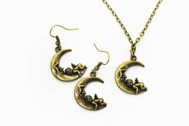 Moon Angel Dangling Earrings Antique Bronze Charm BOHO Chic Moon Baby Necklace Vintage Style Accessories Jewelries Set Bronze