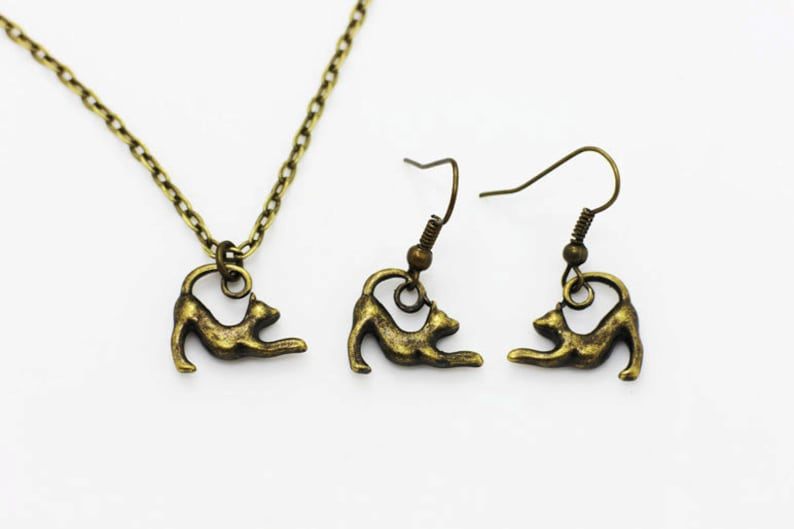 Pet Animal Pendant Necklace Jewelries Set Children Woman Bronze Stretching Cat Dangling Earrings Antique Bronze Charm Cats Necklace