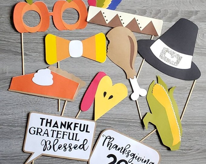 Featured listing image: Thanksgiving photobooth props