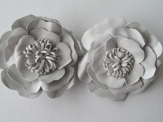 White Shoe Clips Pair Of White Leather Flowers Leather Shoe Etsy