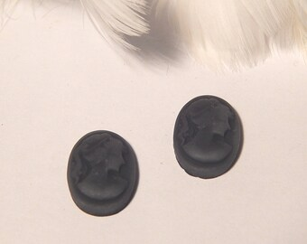 2 cameos 18 x 13 mm resin black pattern woman bust
