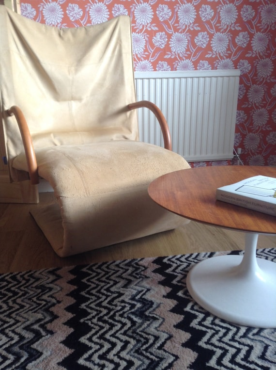 Design Salontafel Ligne Roset.Items Similar To Rare French Cantilever Armchair By Ligne Roset On