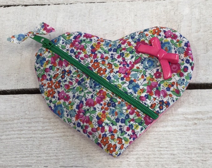 Heart Jewellery or earbuds, headphones travel case, Liberty Fabric, earring pouch, small purse, Handmade