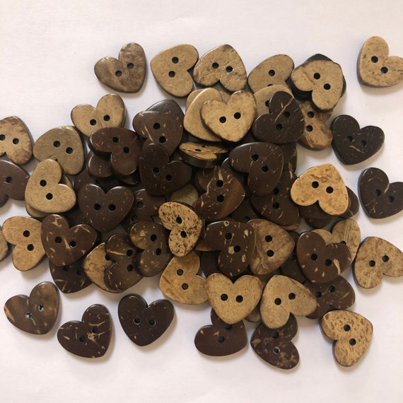 Heart Shaped Coconut Shell Buttons - Wooden Buttons - 15mm 5/8 inch, Sustainable, Natural Buttons - pack of 10, Hearts Design