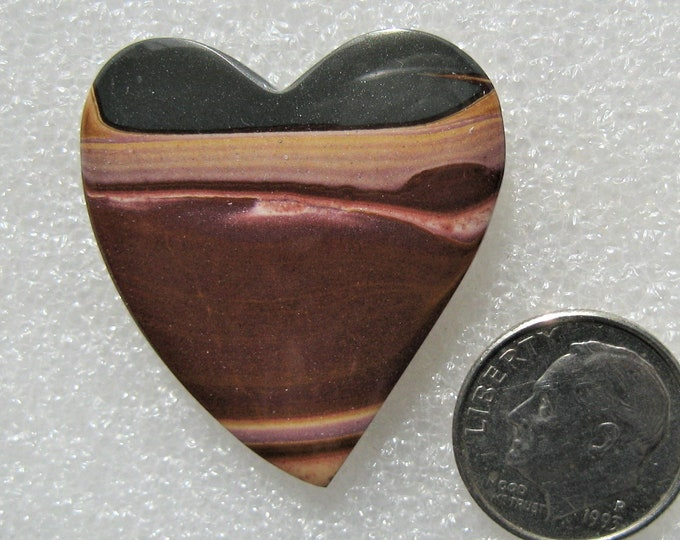 Wonder Stone Heart Designer Cabochon