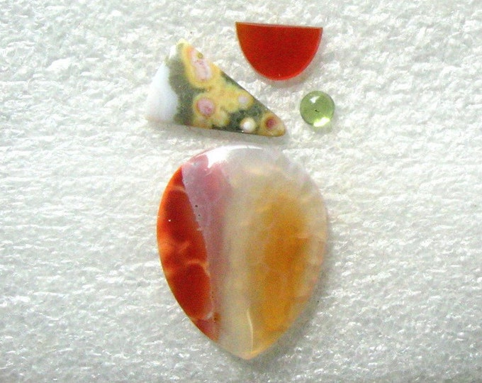 Cab Group with Pretty Translucent Agate, Ocean Jasper, Carnelian, and Peridot