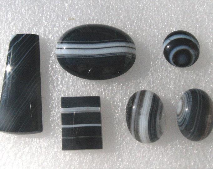 Sardonyx Cabochon Group
